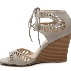 CL by Chinese Laundry Bright Sun Grey Wedges sz 8